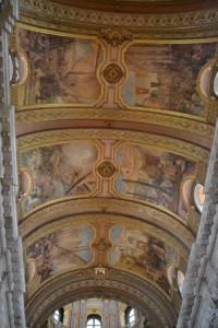 The ceilings in the Candelaria depicting the story of the shipwreck.