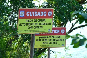 We have no idea what the Portuguese sign really says, because our google translator also said 'oysters'.