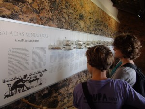 Franci and Marike admiring the whole history of Sailing Vessels done in glass bottles.